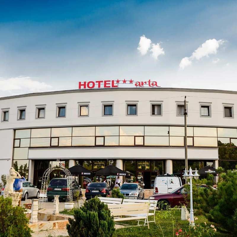 arta-galerie-hotel-3